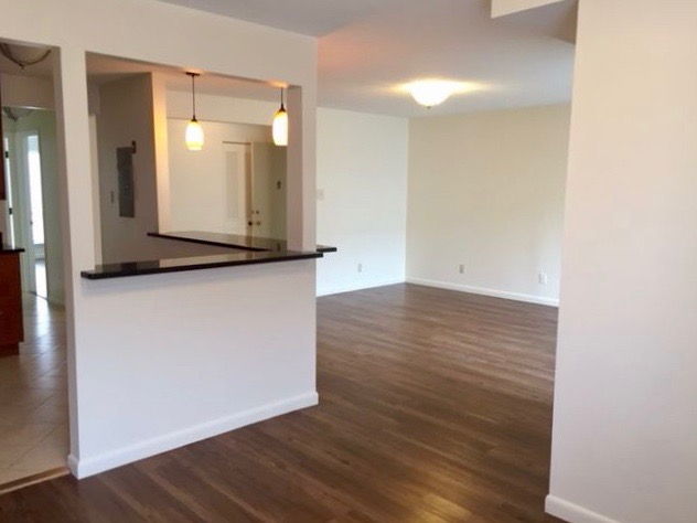 Sea Street Apartments Open Concept